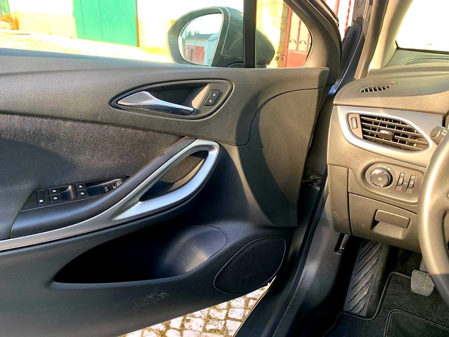 Opel Astra ST 1.6 CDTi Business Edition 4