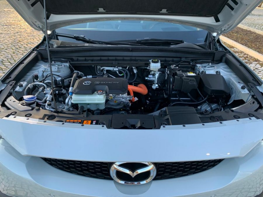 Mazda MX-30 e-Skyactiv - Excellence Plus Pack Modern Confidence Eletric 29